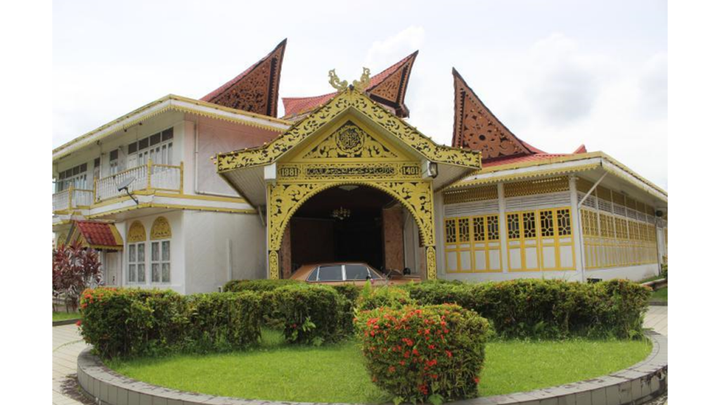 Rumah Tan Sri Abang Ahmad Urai