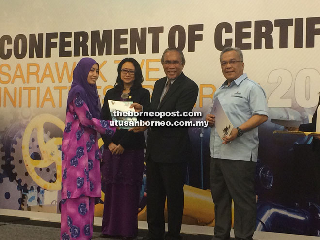 Sarawak promotes TVET courses to empower youths with skills – Len