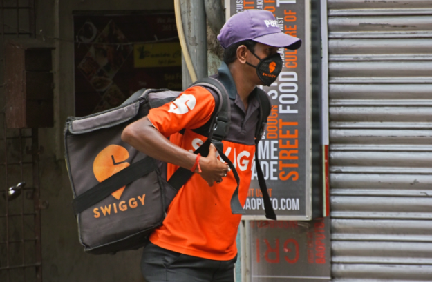 SoftBank In Talks To Invest Up To 500 Million Dollar In Swiggy